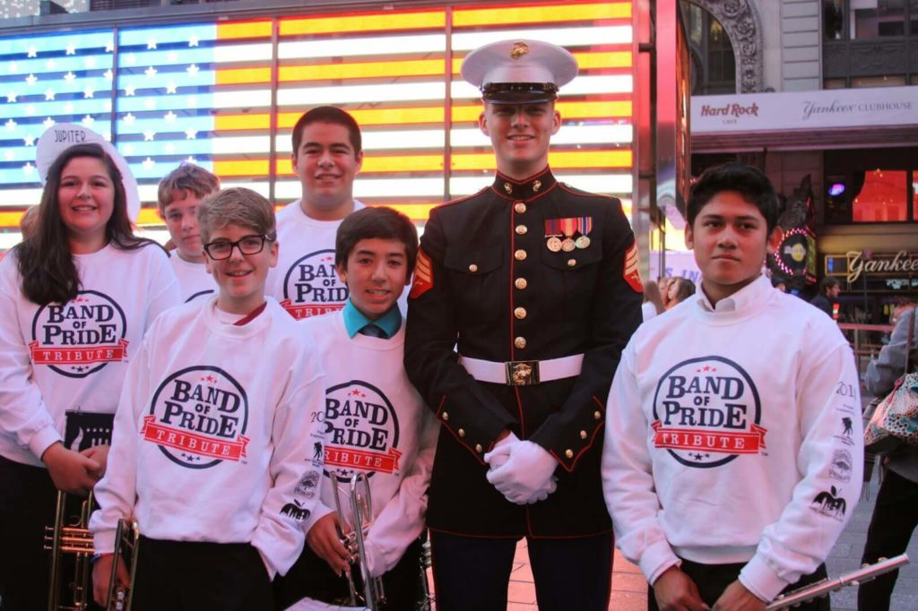 Students with serviceman